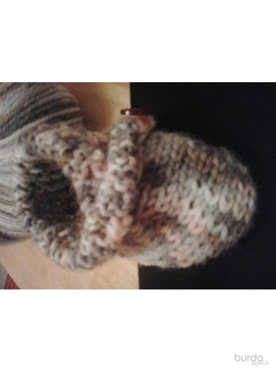 Knitting shoes after nursery