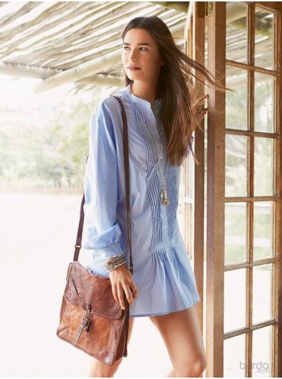 Camicia coreana con pieghe